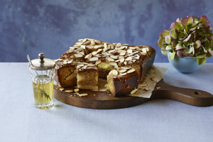 Honey-Glazed Apple Cake