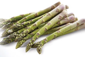 Grilled Asparagus with South American Pepper Sauce