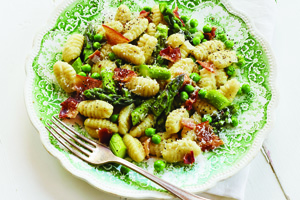 Fresh Asparagus and Peas with Gnocchi