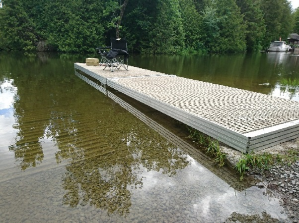 This image shows the mooring dock installed in the water