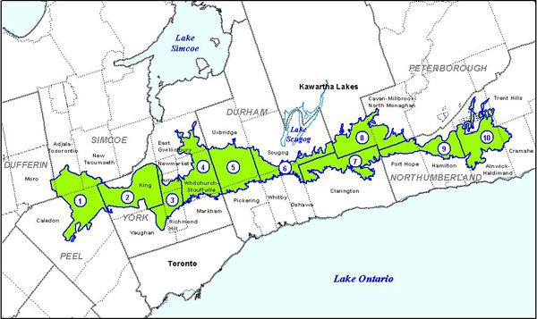 carte de la zone de conservation de la moraine d'Oak Ridges divisée en10secteurs par des limites municipales, qui montrent le caractère écologique et hydrologique des secteurs au moyen des cartes ci-dessous.