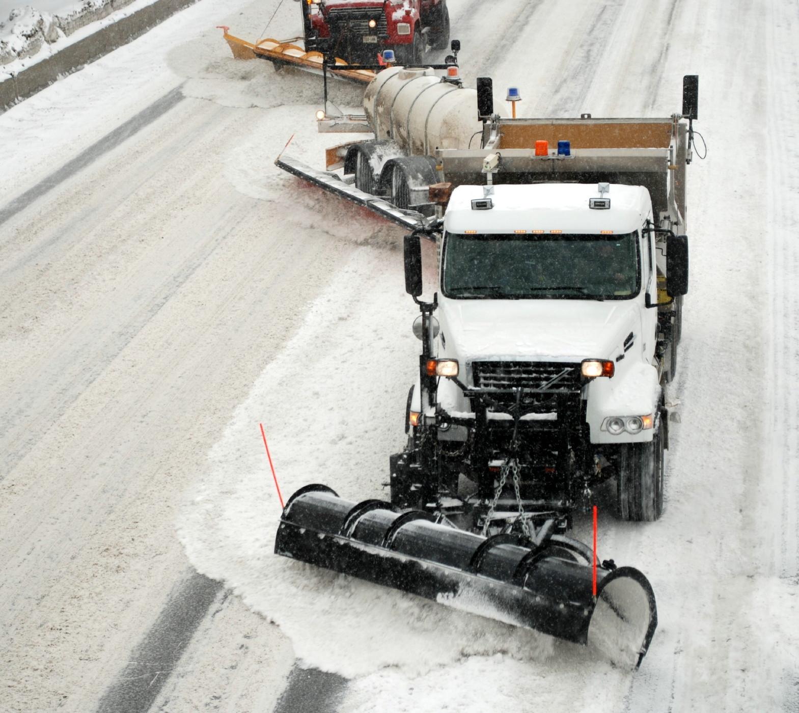 Photo d'un chasse-neige tracté.