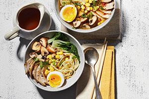 Soupe aux légumes et aux côtelettes de porc
