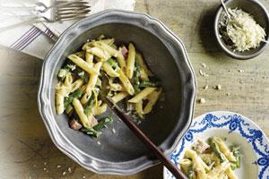 Springtime Asparagus and Ham Pasta