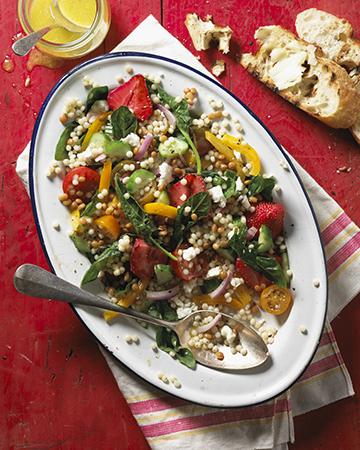 Salade lentilles-semoule aux fraises